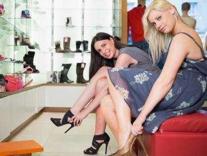 Aniversário Americanas.com: cupom de 10% OFF em calçados femininos.