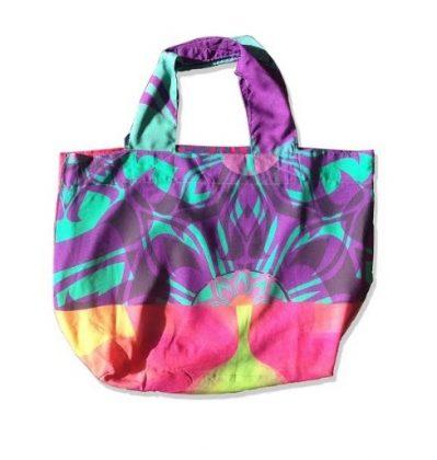 (25 a 27/8) Baski Wear: As bolsas modelos Holi e Fleur com 10% de desconto!