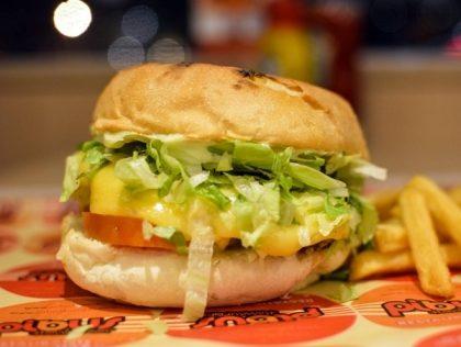 X-Salada + Batata + Refrigerante + Waffle Belga com 35% de desconto!