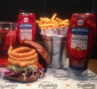 Combo R$ 25: Burger Bob Marley + Drink de Chá Lipton + Batata McCain