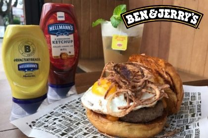 Combo R$ 35: The Burger League + Drink de Chá Lipton (Opção Whisky Jameson 18+) + Batata McCain + Sorvete Ben & Jerry's 458ml