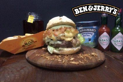 Combo R$ 35: Smoked Burger + Drink de Chá Lipton + Batata McCain + Sorvete Ben & Jerry's 458ml