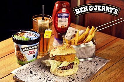 Combo R$ 35: Burger Pão de Cebola + Drink de Chá Lipton + Batata McCain + Sorvete Ben & Jerry's 458ml