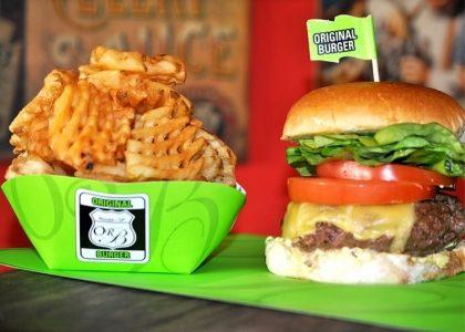 Combo R$ 25: The Original Burger + Drink de Chá Lipton + Batata McCain