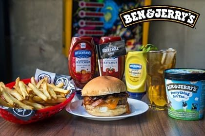 Combo R$ 35: Qualquer Burger Classic Rock ou Hall of Fame + Drink de Chá Lipton + Batata McCain + Sorvete Ben & Jerry's 458ml
