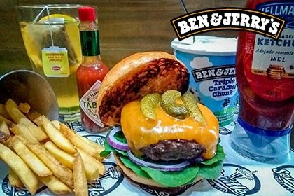 Combo R$ 35: Burger Hey Joe + Drink de Chá Lipton + Batata McCain + Sorvete Ben & Jerry's 458ml