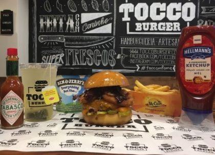 Combo R$ 25: Burger + Drink de Chá Lipton + Batata McCain