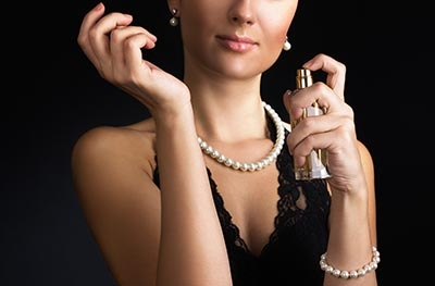 Cupom 15% OFF em perfumes e maquiagens na Zattini