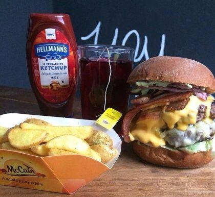 Combo Gigante: Duplo Bacon ou Giga Byte + Batata Rústica + Bebida por R$ 35,00