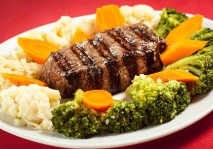 Para 2 pessoas: Entrada + Bife Ancho + Salada + Sobremesa por R$ 89,90!
