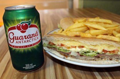 Beirute Roastbeef + Guaraná Lata por apenas R$ 24,70
