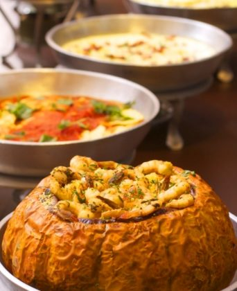 Almoço com Buffet Completo no Babiló por apenas R$ 24,90