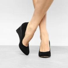 Cupom de 20% OFF em produtos selecionados no site da shoestock!