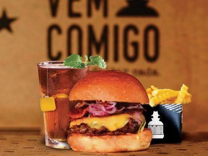 Combo R$30: Qualquer Hambúrguer* + Batata McCain + Drink de Chá Lipton