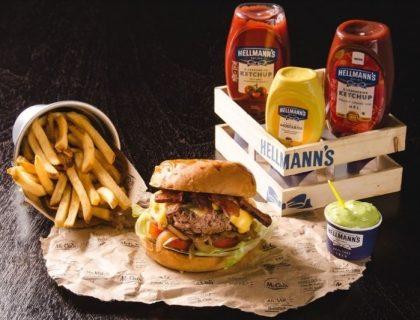 Combo R$30: Burger + Chá Gelado Lipton + Batata McCain