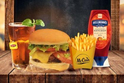 Combo R$30: Burger SUPREME + Drink de Chá Lipton + Batata McCain