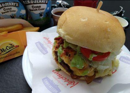 Combo R$30: Fat Boy ou Street Bob + Batata McCain + Drink de Chá Lipton