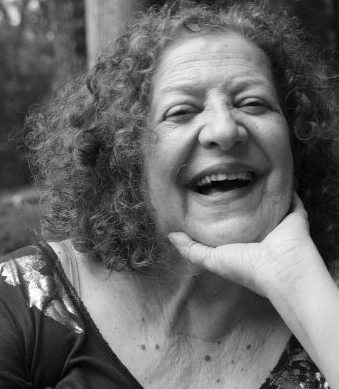 10 a 15% OFF: Curso de Oficina Intensiva de Crônicas com Ivana Arruda Leite