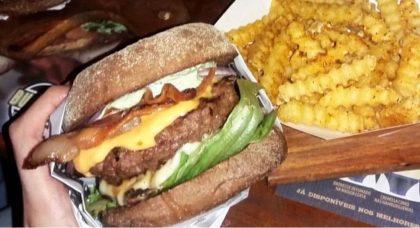 Burger + Batata + Refri por apenas R$ 29,90