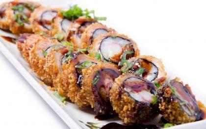 2 Temakis + Porção Hot Roll ou Uramaki de Salmão por R$42,90!