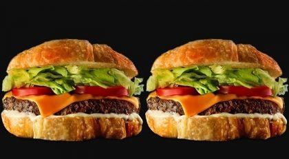 (Top Center) 2 Croaburgers Clássicos + 2 Batatas Chips por apenas R$ 27,00