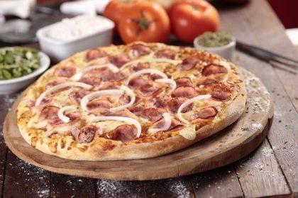 (BALCÃO) Pizza Média Especialidades por apenas R$23,90!