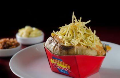 Batata Recheada com 2 sabores + Brigadeiro por apenas R$14,90!