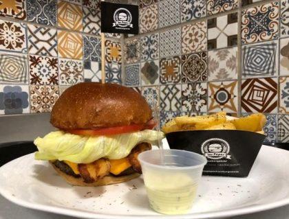 GANHE Hamburguesa Simples na compra de Combo Los Pepes (Burger + Batata + Refrigerante)