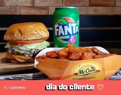 (DIA DO CLIENTE) A partir do dia 15: Combo: Burger + Fritas* + Fanta Guaraná por R$15,09!