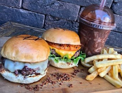 GANHE 1 Classic Stage Burger na compra de One Burger + Milk Shake + Batata