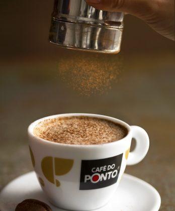 2×1: Compre um Cappuccino Aromatizado Baunilha com Nozes ou Avelã e GANHE outro