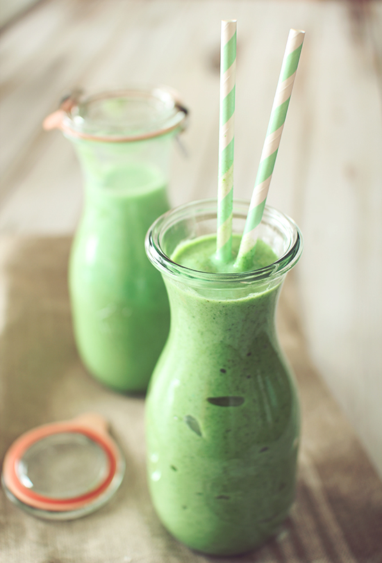 green-smoothie-main