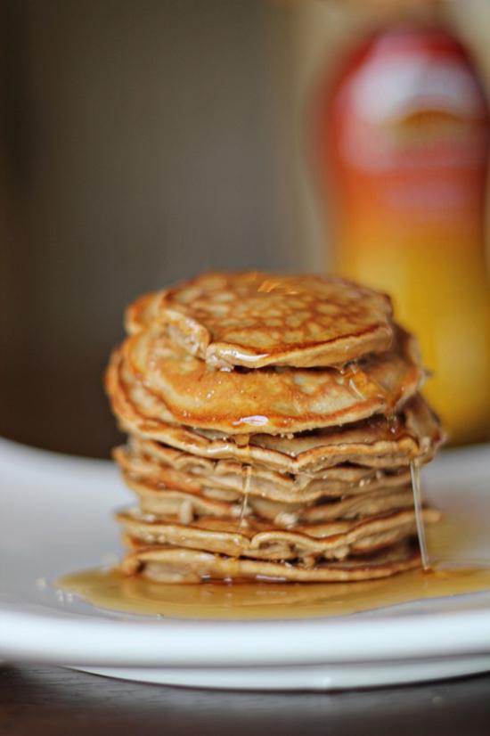 peanut-butter-pancakes-main