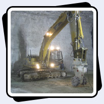 AQ-4 on CAT325 Scaling Underground Limestone Mine