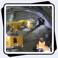 AQ-4XL Cutter on Liebherr 950T for Tunnel Excavation in Seattle Washington