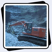 AQ4 on Hitachi 225 for Tunnel Excavation in Cleveland, Ohio