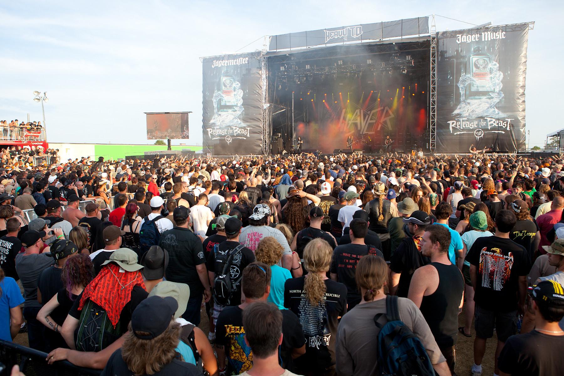Slayer crowd @ Heavy T.O. 2011