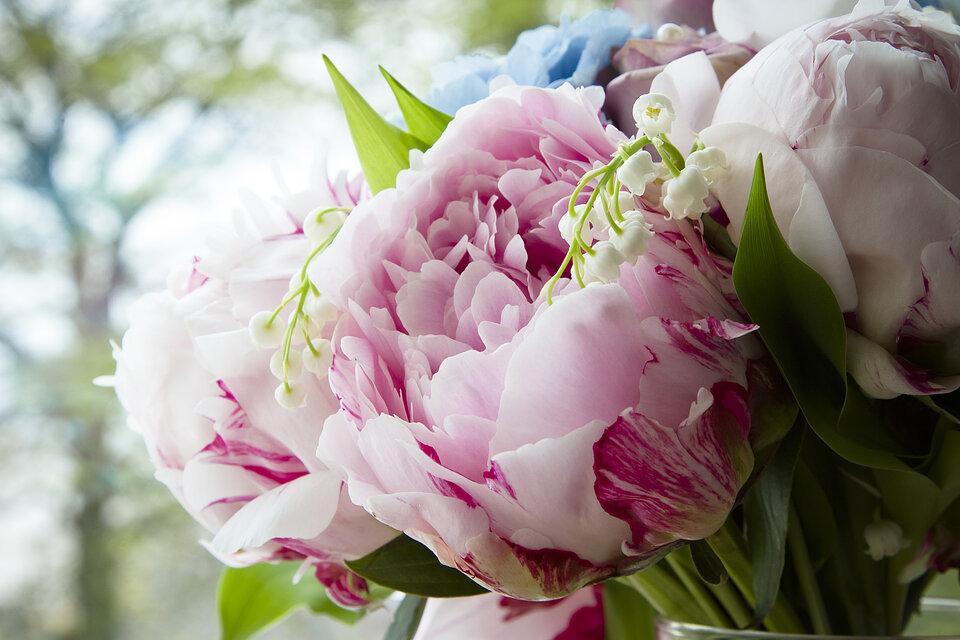 Wedding flowers, wedding, Oxwich bay, South Wales
