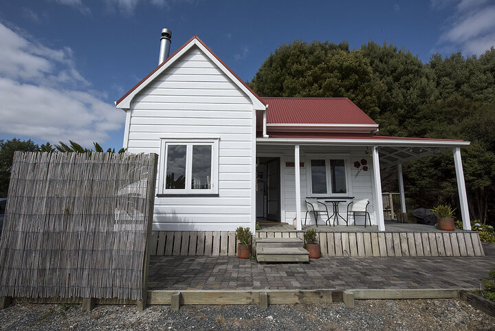 puhoi cosy cottage 2