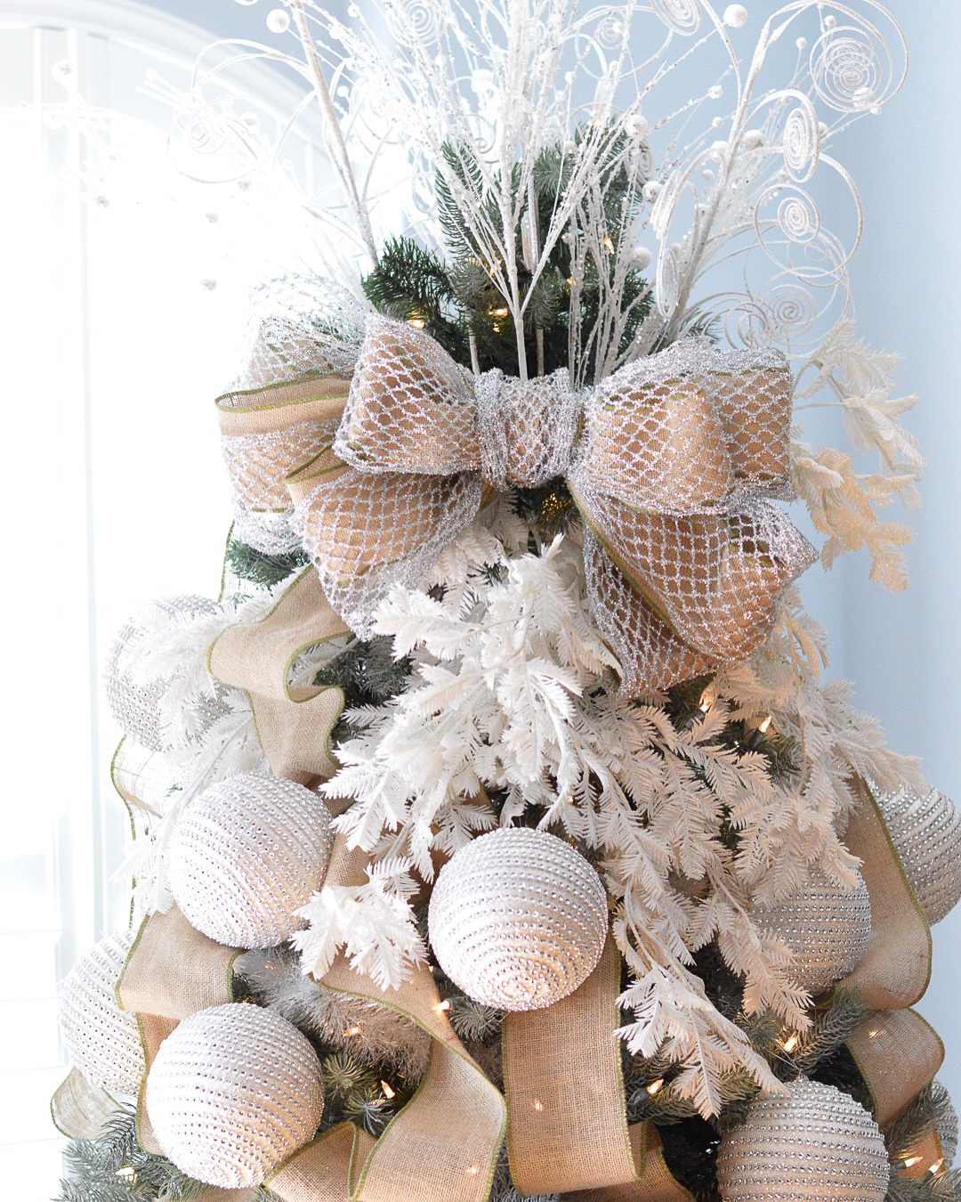 christmas_home_decor_dress_up_buttercup (3 of 13)