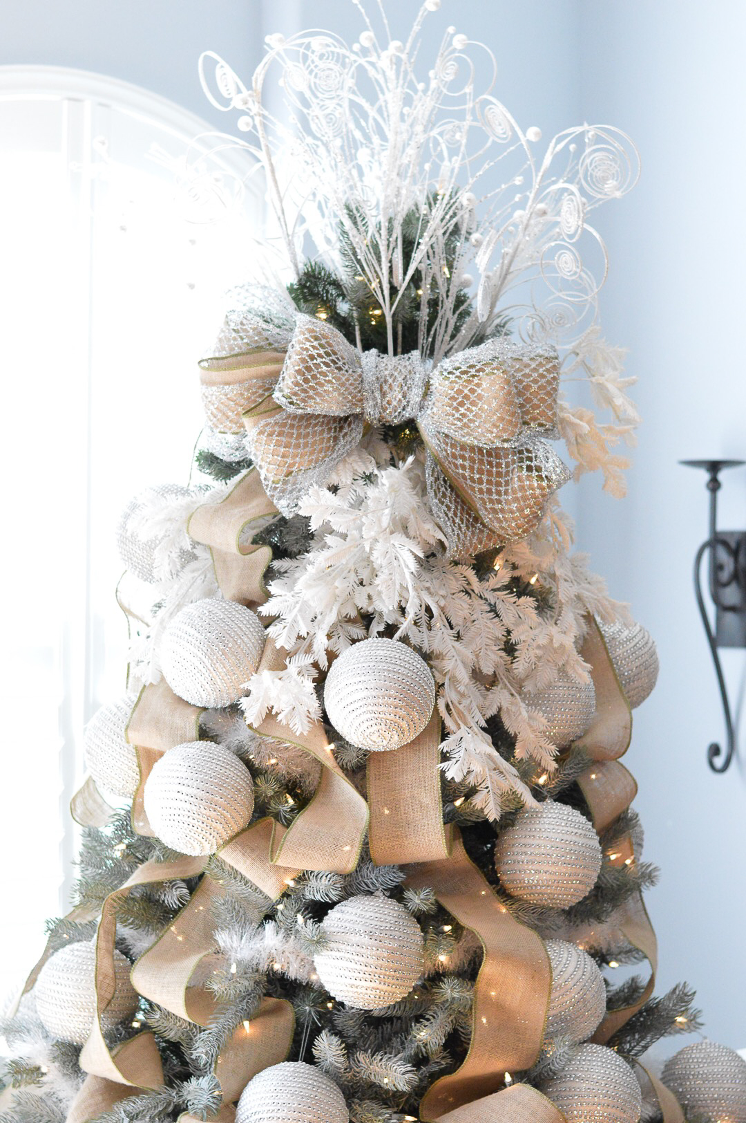 christmas_home_decor_dress_up_buttercup (4 of 13)