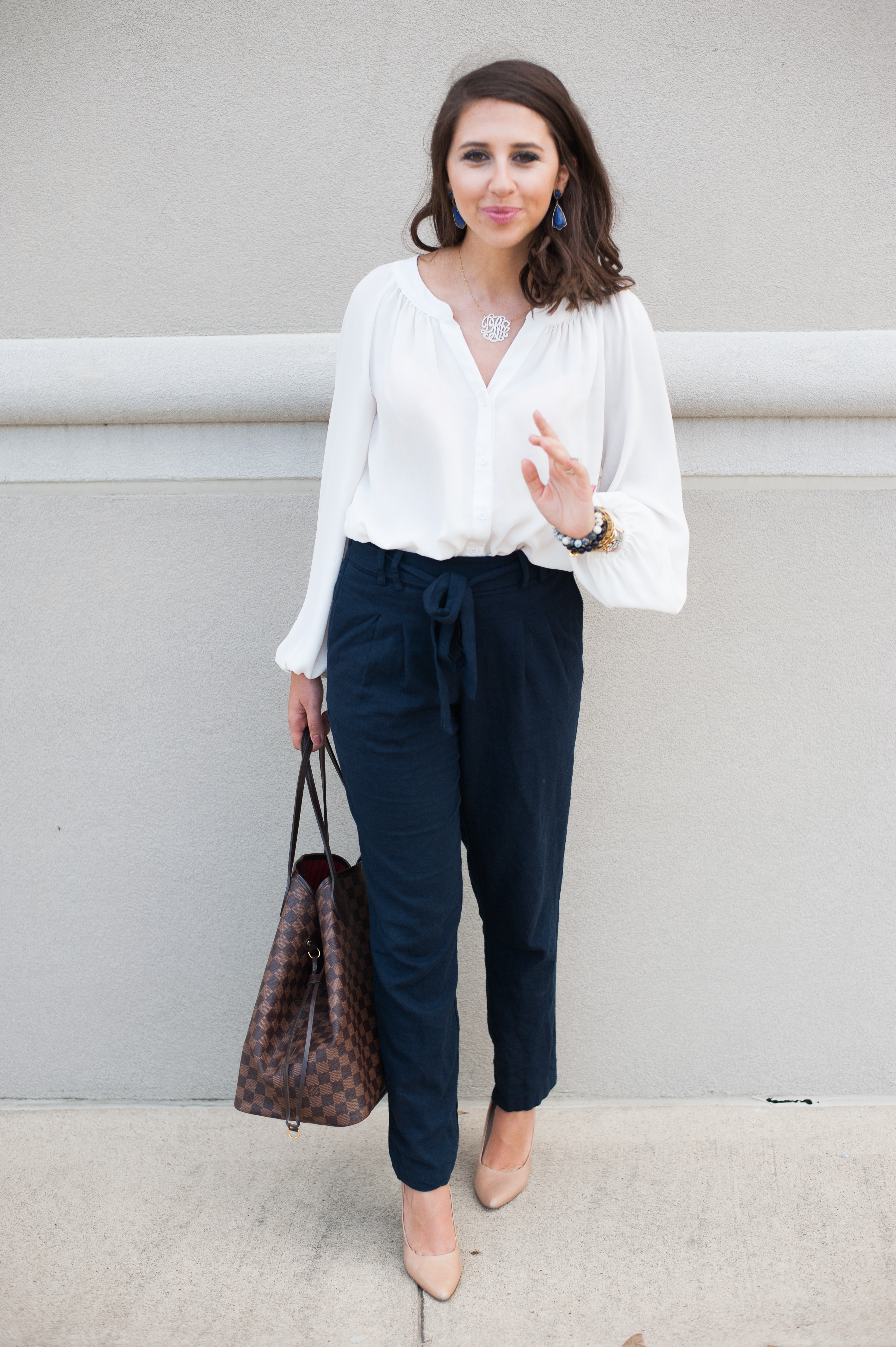 Dress Up Buttercup // A Houston-based fashion and inspiration blog developed to daily inspire your own personal style by Dede Raad | High Wasted Linen