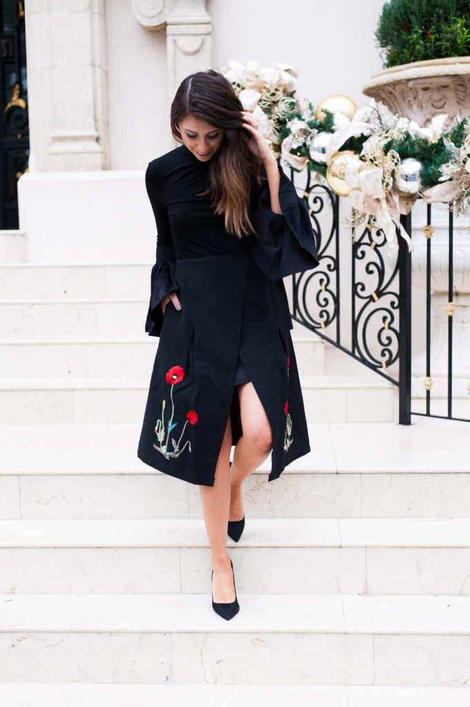 Dress Up Buttercup // A Houston-based fashion travel blog developed to daily inspire your own personal style by Dede Raad | Christmas Outfit