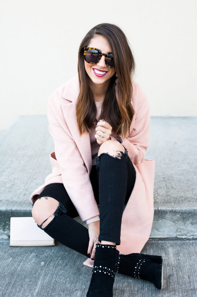 Dress Up Buttercup // A Houston-based fashion travel blog developed to daily inspire your own personal style by Dede Raad   Slouch Coat Pink on Pink