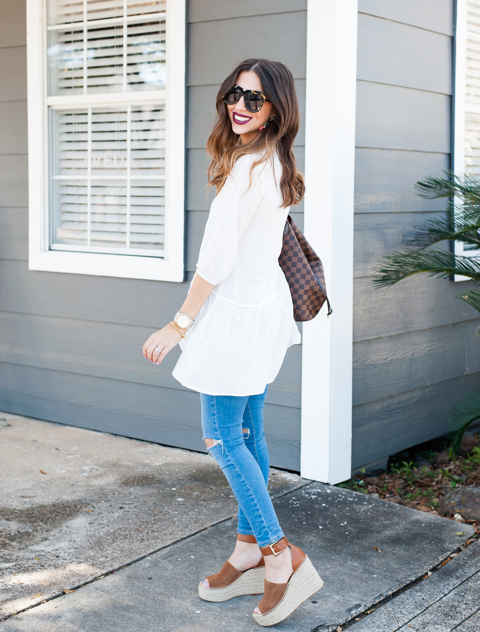 Dress Up Buttercup // A Houston-based fashion travel blog developed to daily inspire your own personal style by Dede Raad | White Top Outfit