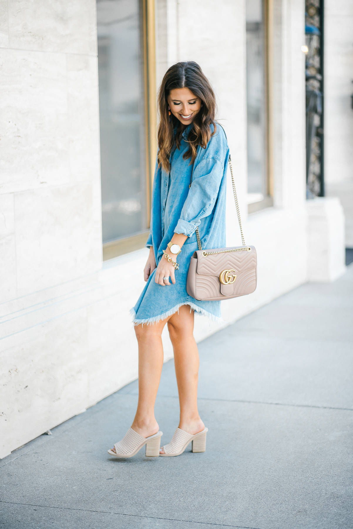 Dress Up Buttercup // A Houston-based fashion travel blog developed to daily inspire your own personal style by Dede Raad | Running Around Town in Slides