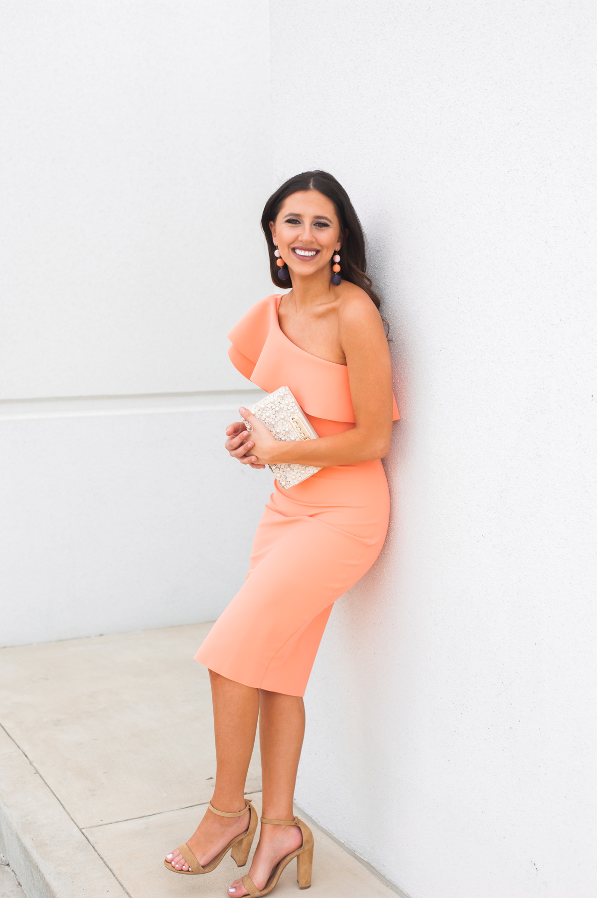 Dress Up Buttercup // A Houston-based fashion travel blog developed to daily inspire your own personal style by Dede Raad | Hello Spring Colors