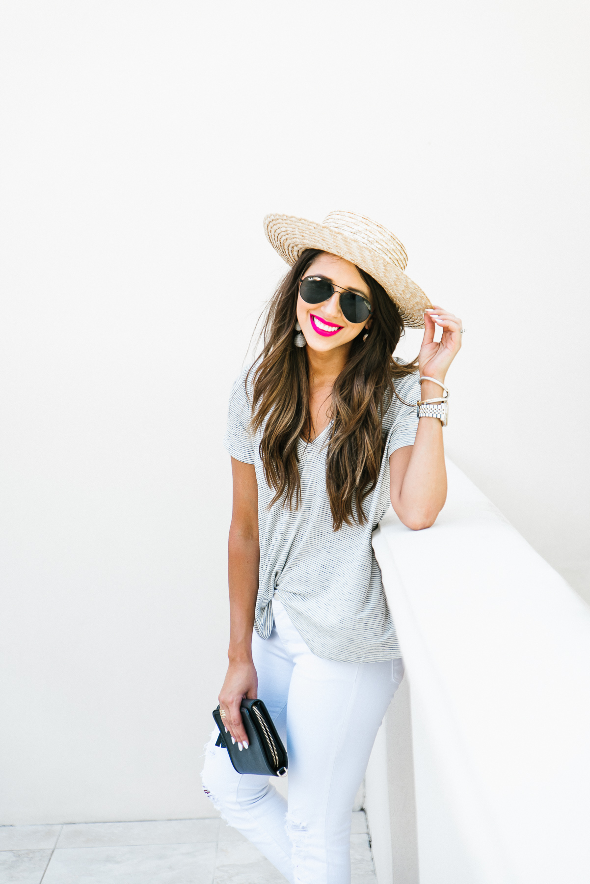 Dress Up Buttercup, Dede Raad, Houston Blogger, Fashion Blogger, Stripe tee, basic tee, white jeans, how to accessorize a basic tee