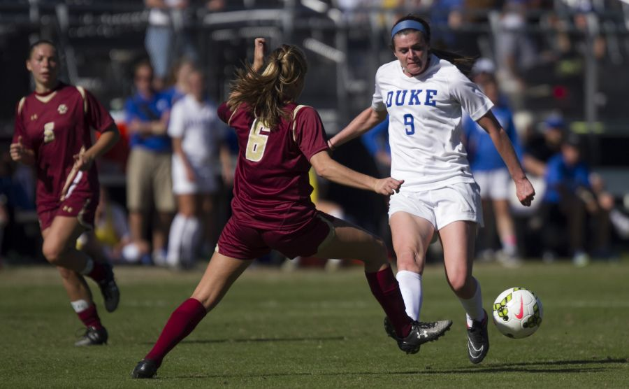 As a senior leader on a youthful squad, forward Kelly Cobb will be counted on heavily as the Blue Devils look to keep their postseason hopes alive Friday night at Florida State. | Carolyn Chang