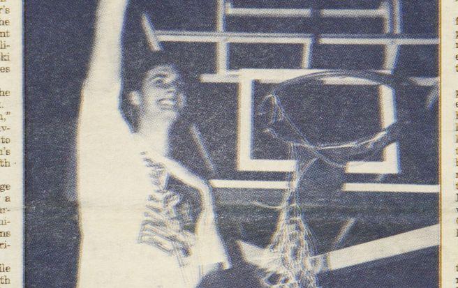 Christian Laettner cuts down the net following Duke's 1992 Elite Eight victory against Kentucky.